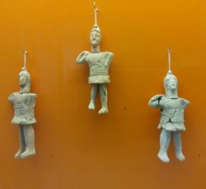 227. Olimpia. Museo. Estatuillas de terracota. Época romana. II-III