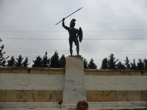 404. Termópilas. Monumento a Leónidas