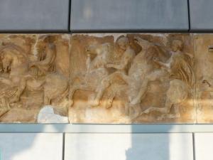 622. Atenas. Museo de la Acrópolis. Frisos y metopas del Partenón