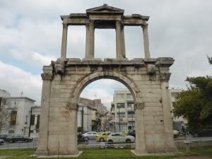 635. Atenas. Puerta de Adriano