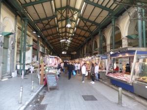 698. Atenas. Mercado central
