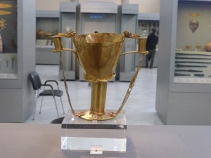 714. Atenas. Museo Arqueológico Nacional. Micenas. Copa de oro, denominada por Schliemann de Néstor. XVI aC