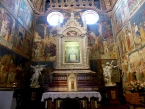 033. Orvieto. Duomo. Capilla del Corporal. Tabernáculo atribuido a el Orcagna