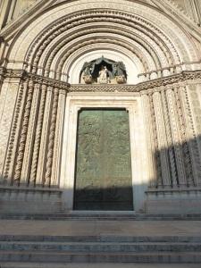 046. Orvieto. Duomo. Portada central