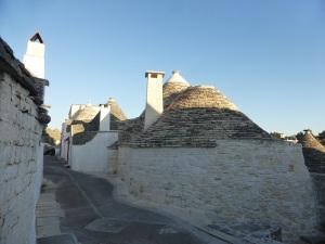 1022. Alberobello. Rione Aia Piccola