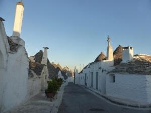 1035. Alberobello. Rione Aia Piccola
