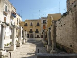 1037. Bari. Piazza San Pietro