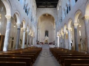 1107. Bari. Duomo
