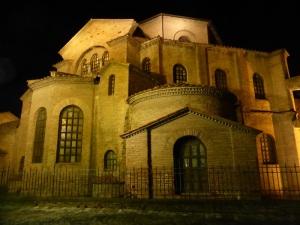1137. Rávena. San Vitale