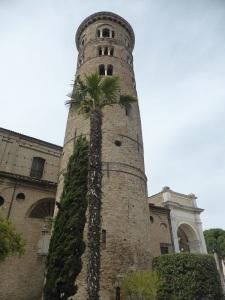 1219. Rávena. Campanario de la catedral