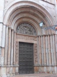 1393. Parma. Baptisterio. Portal del Juicio Final (al oeste)