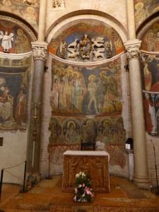 1409. Parma. Baptisterio. Ábside al este