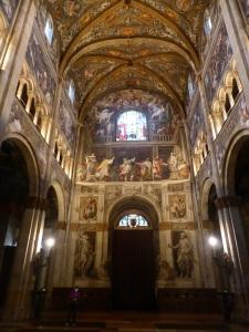 1440. Parma. Duomo. Nave central hacia los pies