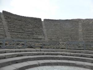 192. Pompeya. Teatro pequeño