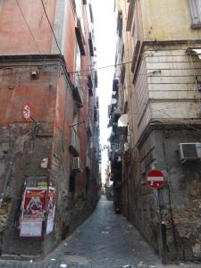 217. Nápoles