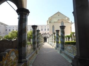 368. Nápoles.  Santa Clara. Claustro