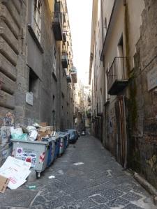 372. Nápoles