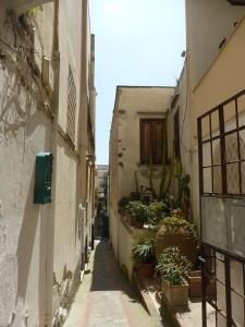 568. Capri