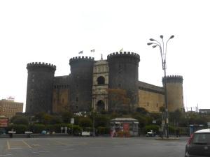 777. Nápoles. Castel Nuevo