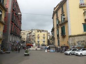 783. Nápoles. Piazza Monteoliveto