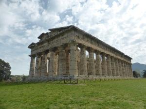 826. Paestum. Templo de Poseidón (Zeus o Apolo)