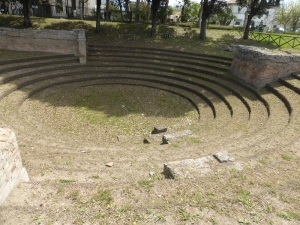 863. Paestum. Anfiteatro
