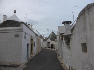 902. Alberobello