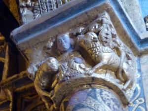 126. Tomar. Convento de Cristo. La charola. Capitel 7b