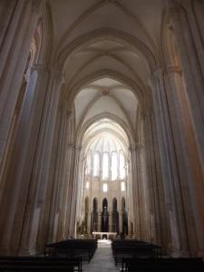 259. Monasterio de Alcobaça. Nave central