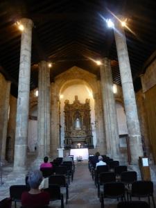 327. Coimbra. Iglesia de Santiago. Interior