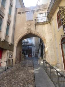 338. Coimbra. Porta de Barbaca