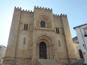 345. Coimbra. Catedral