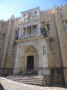 351. Coimbra. Catedral. Portada norte