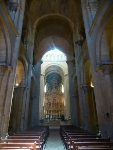 357. Coimbra. Catedral. Interior