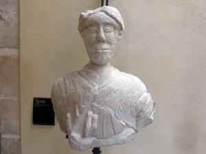 388. Coimbra. Museo Machado de Castro. Imagen de San Juan del XII procedente de San Juan de Almedina