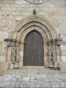 624. Puebla de Sanabria. Santa María del Azogue. Portada oeste