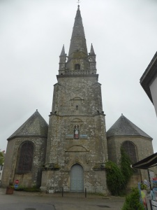 387. Carnac. Iglesia de San Cornelio