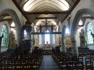 556. Lampaul-Guimiliau. Iglesia. Interior