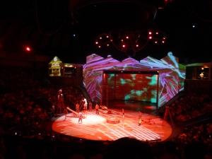 1145. Shangai. Circo de acrobacia