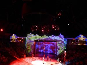 1147. Shangai. Circo de acrobacia