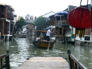 1190. Zhujiajiao. Paseo por los canales