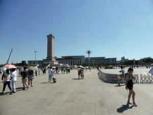 170. Pequín. Plaza Tiananmén. Monumento a los Héroes del Pueblo