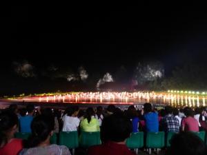 864. Yangshuo. Espectáculo de luz y sonido en el río
