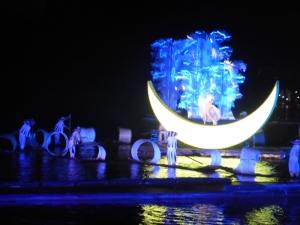 876. Yangshuo. Espectáculo de luz y sonido en el río