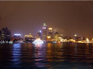990. Paseo por el río Huangpu