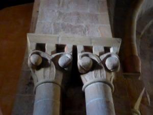 Capiteles atrio 1