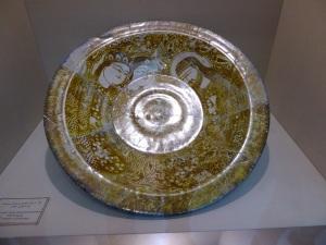 142. Teherán. Museo del Vidrio y la Cerámica. Kashán. Siglo XIII a. C.