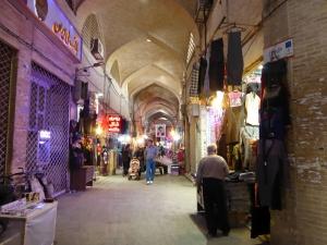 548. Isfahán. Bazar