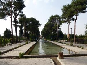 793. Yazd. Jardines Dolat Abad