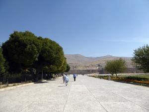 909. Persépolis